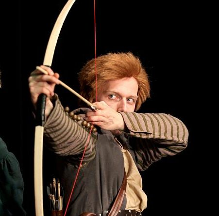 Schauspieler/Choreograph: Robin Hood